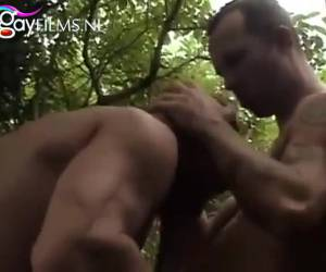 A blowjob in the jungle