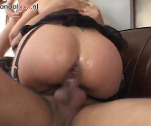 The horny nymphomaniac word crazy as the two dicks in her at the same time fuck