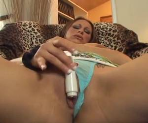 The small vibrator shows her orgasm